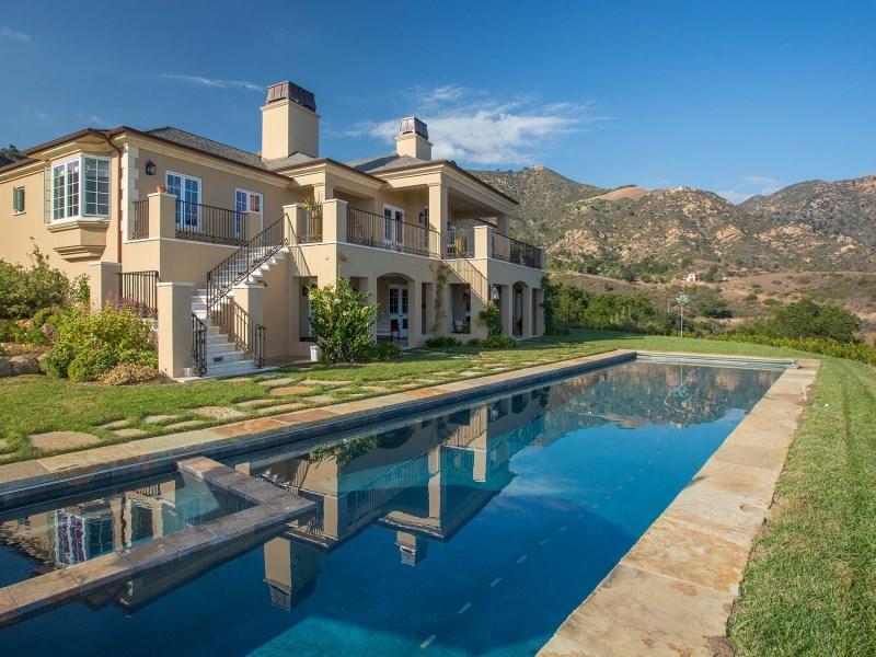 단독 가정 주택 용 매매 에 Panoramic View Approx. 5-acre Estate 933 West Mountain Drive Santa Barbara, 캘리포니아 93103 미국