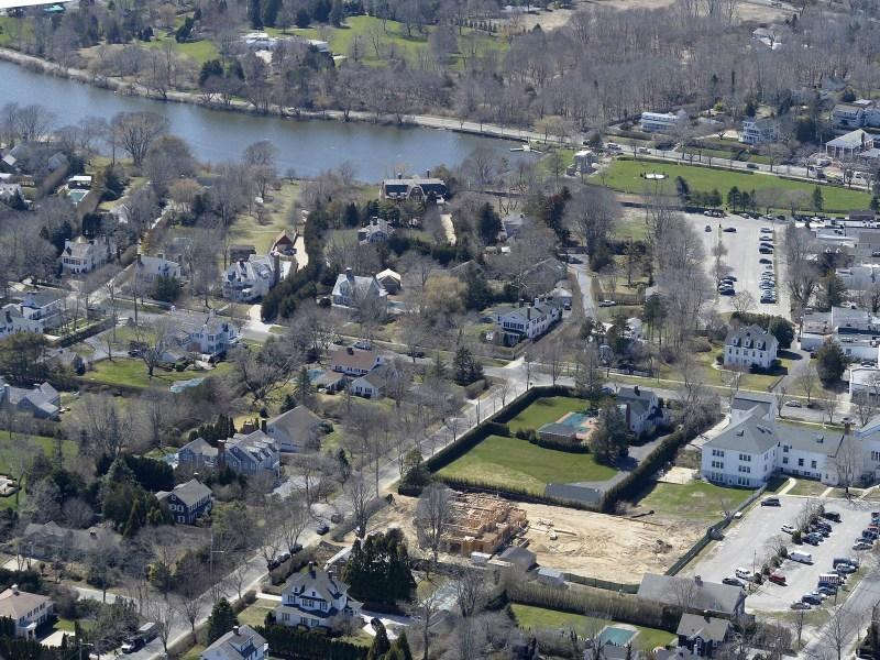 Terreno para Venda às Southampton Village Land Southampton, Nova York 11968 Estados Unidos