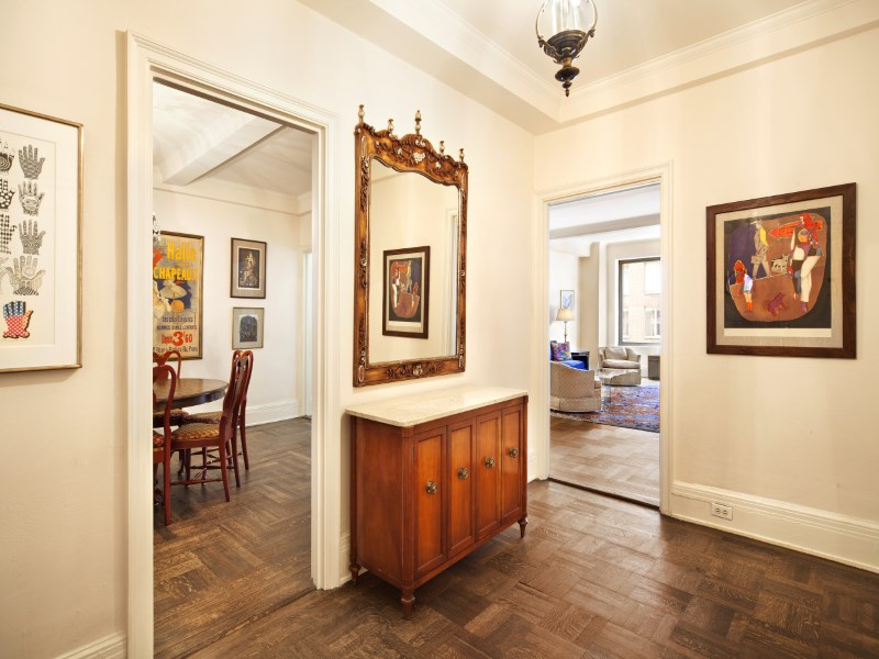 Cooperativa por un Venta en Classic Pre-War 38 East 85th Street Apt 6d Upper East Side, New York, Nueva York 10028 Estados Unidos