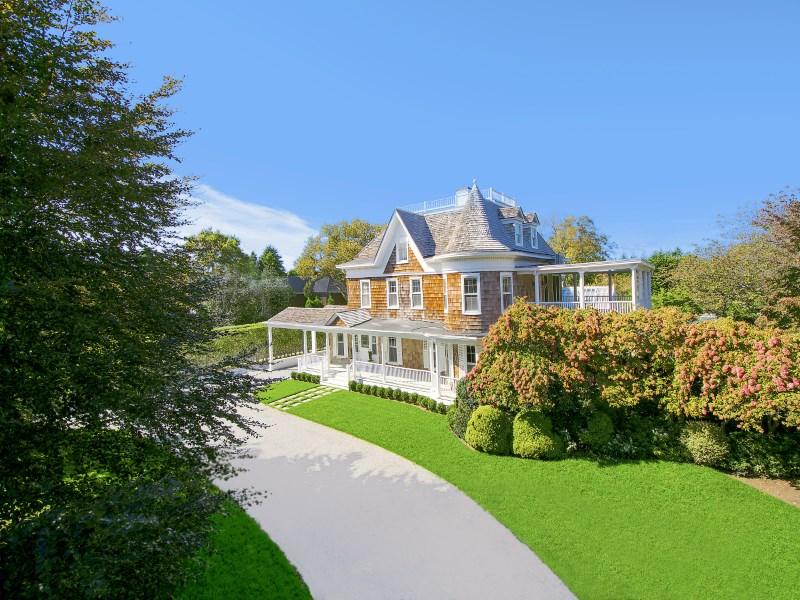 Property Of Spectacular Southampton Estate