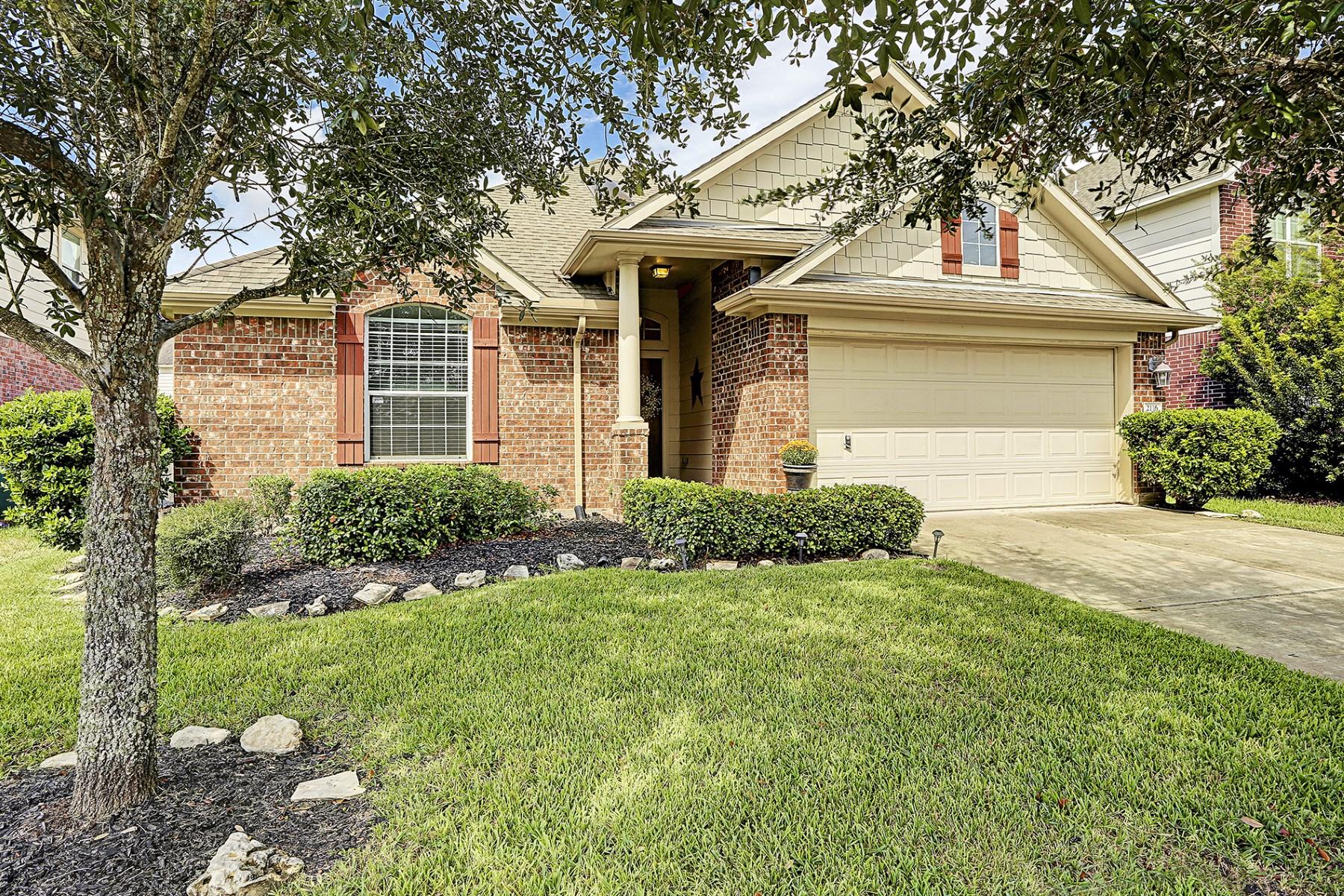 Vivienda unifamiliar por un Venta en 2116 Crestwind Court Pearland, Texas 77584 Estados Unidos