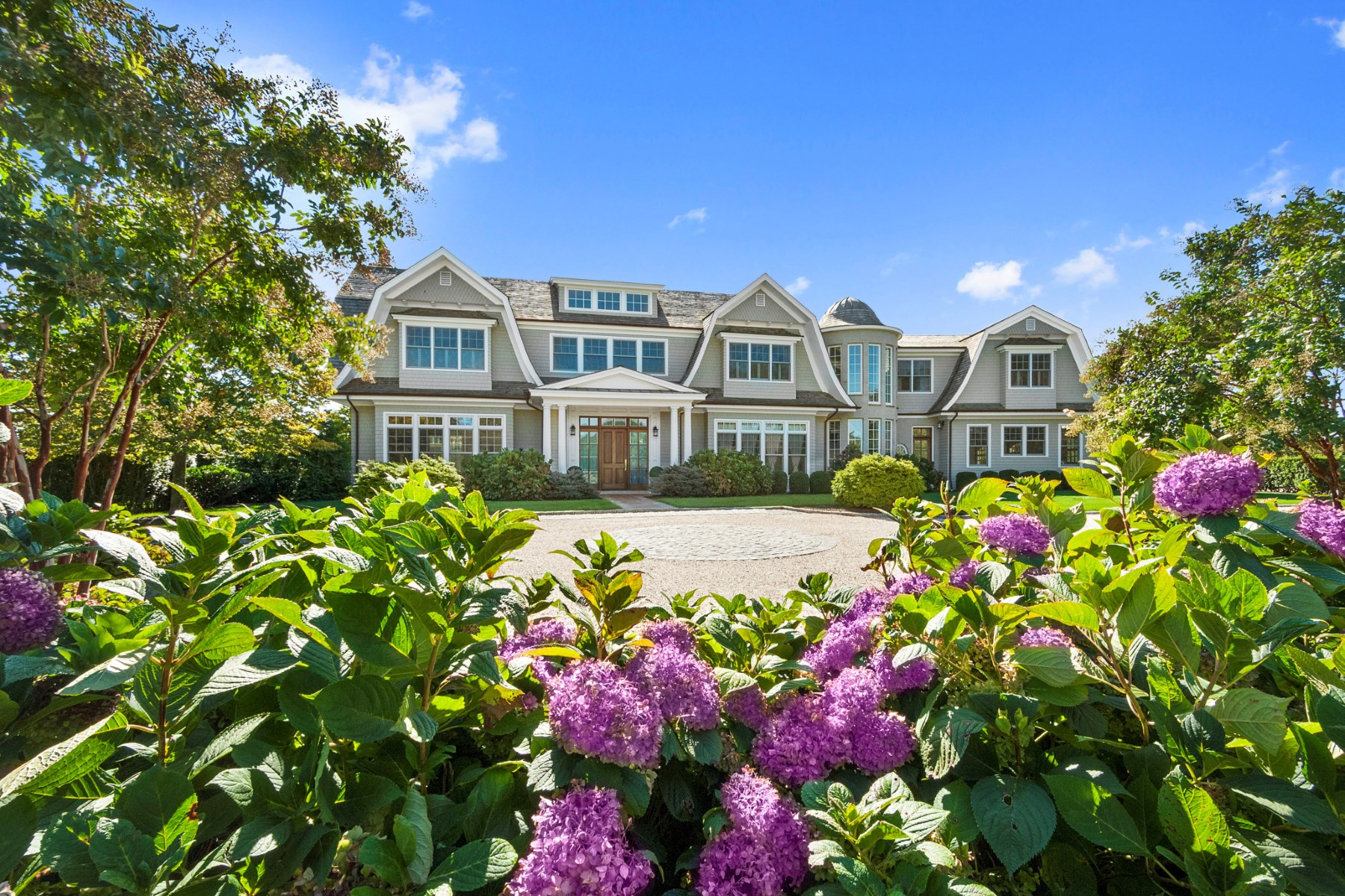 Single Family Home for Sale at Sagaponack Traditional 515 Parsonage Lane Sagaponack, New York, 11962 United States