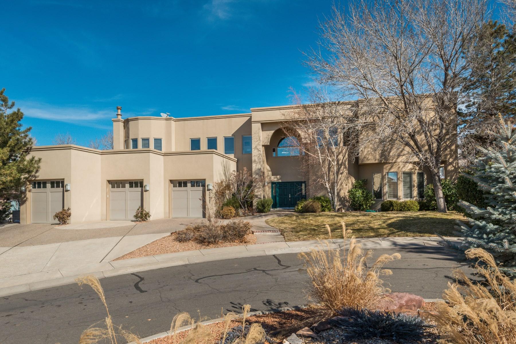 Nhà ở một gia đình vì Bán tại 11121 Double Eagle NE Albuquerque, New Mexico 87111 Hoa Kỳ