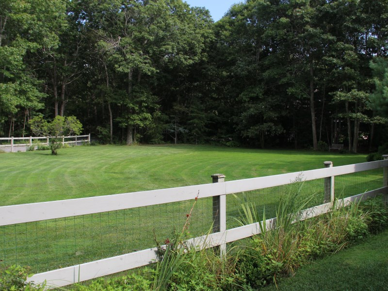 Additional photo for property listing at Sagaponack Privacy  Sagaponack, New York 11962 United States