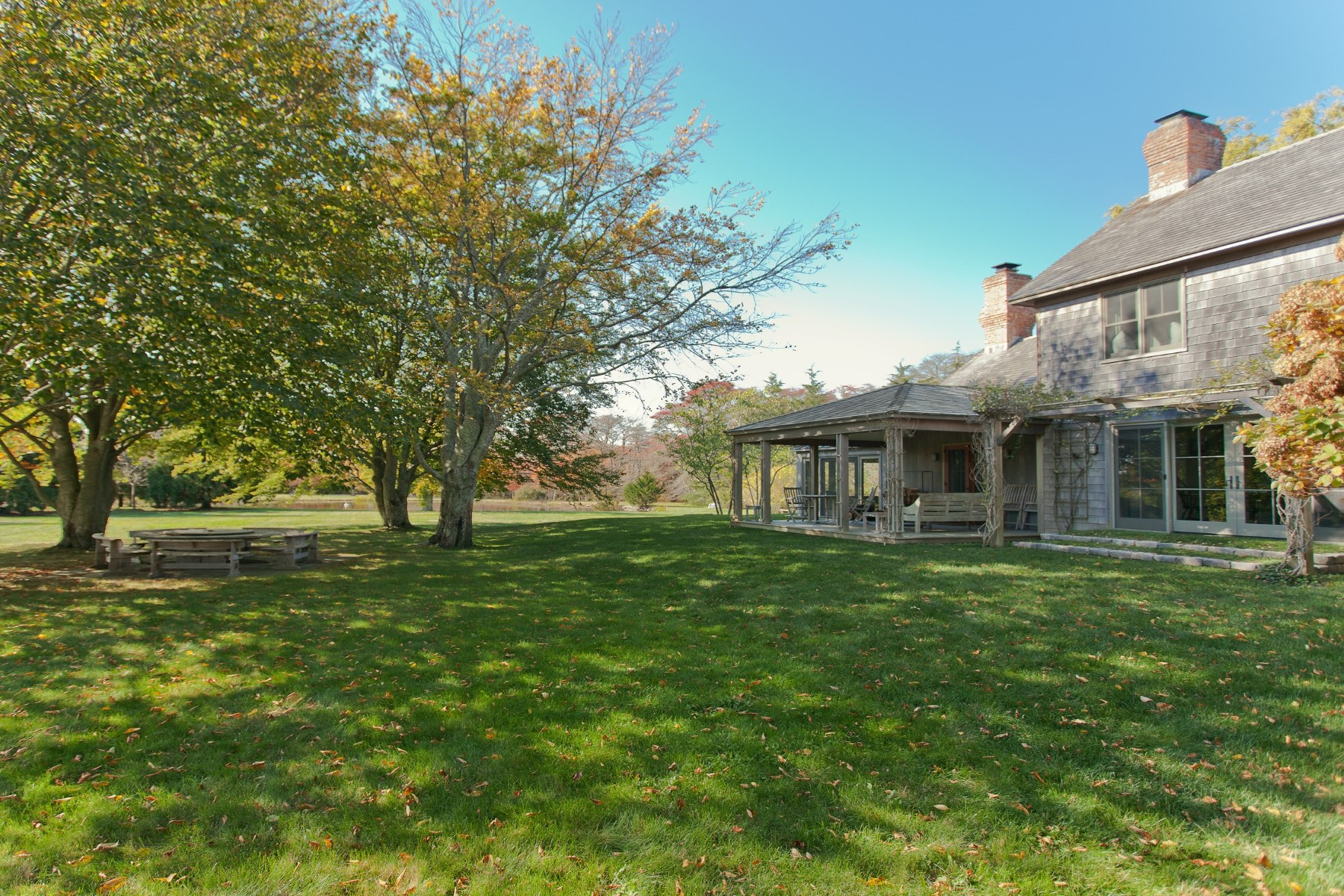 Property Of Sagaponack South On 6 Acres with Views