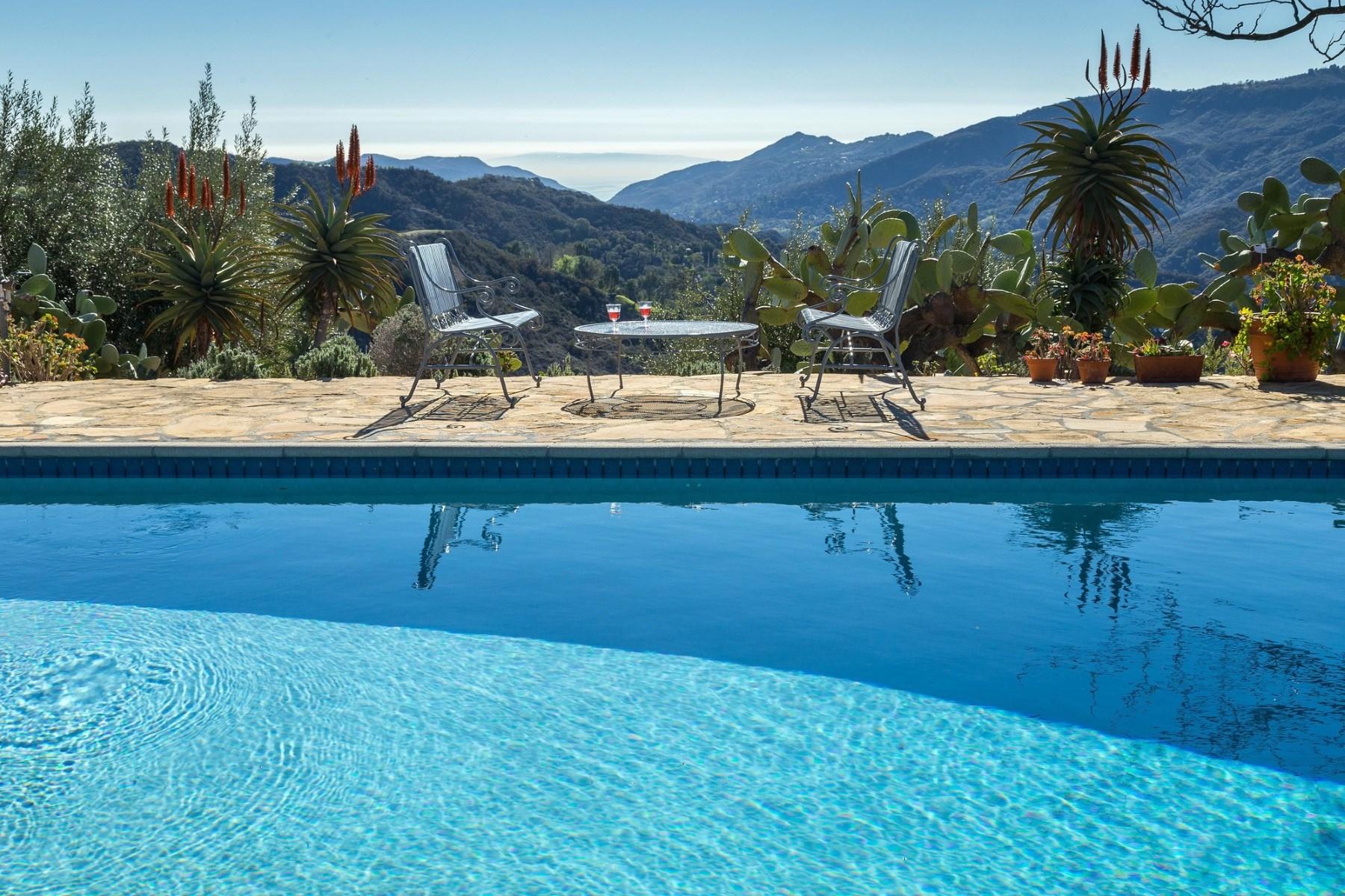 Maison unifamiliale pour l Vente à Moonglow Ranch 2400 Summit To Summit Motorway Y Topanga, Californie 90290 États-Unis