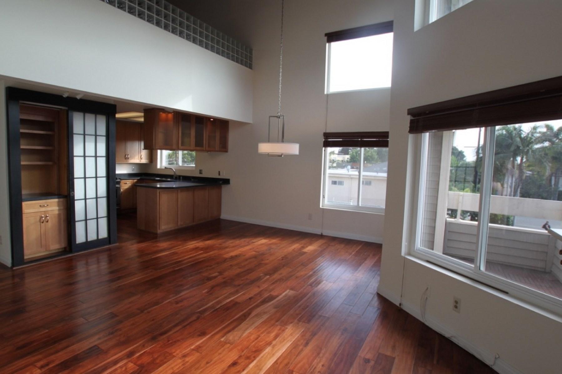 rentals property at Stunning Mar Vista Penthouse