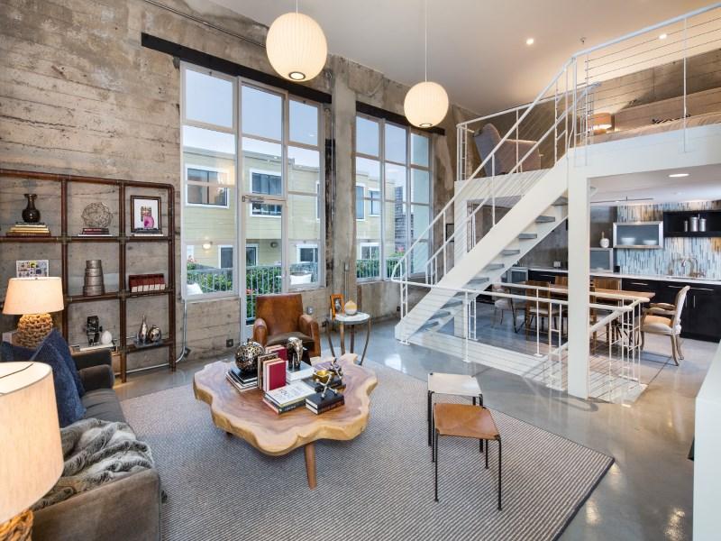 Casa para uma família para Venda às Historic Triplex Loft near Duboce Park 560 Haight St Apt 106 Hayes Valley, San Francisco, Califórnia 94117 Estados Unidos