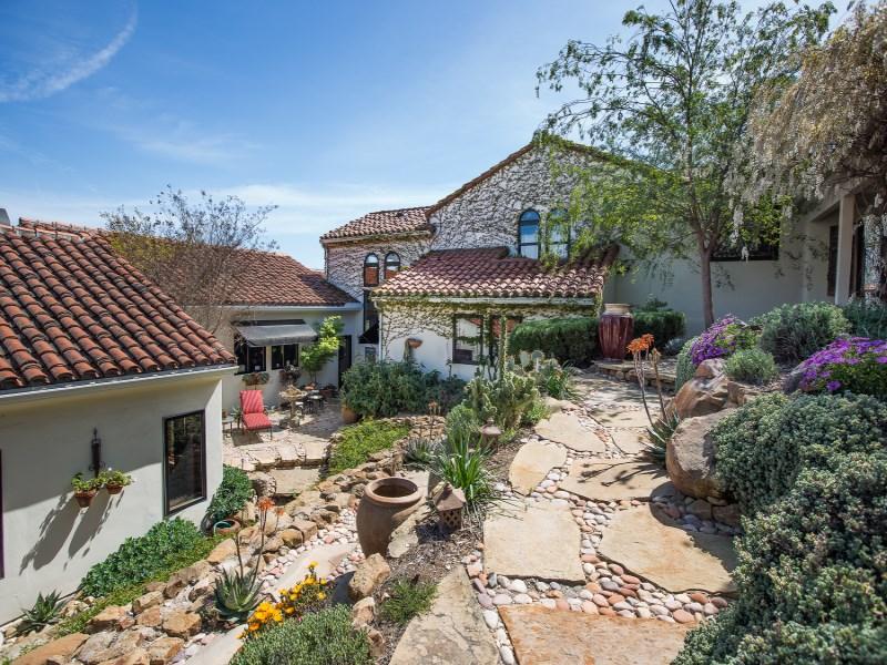 独户住宅 为 销售 在 Rancho Soleado 2905 Via La Selva Santa Ynez, 加利福尼亚州 93460 美国