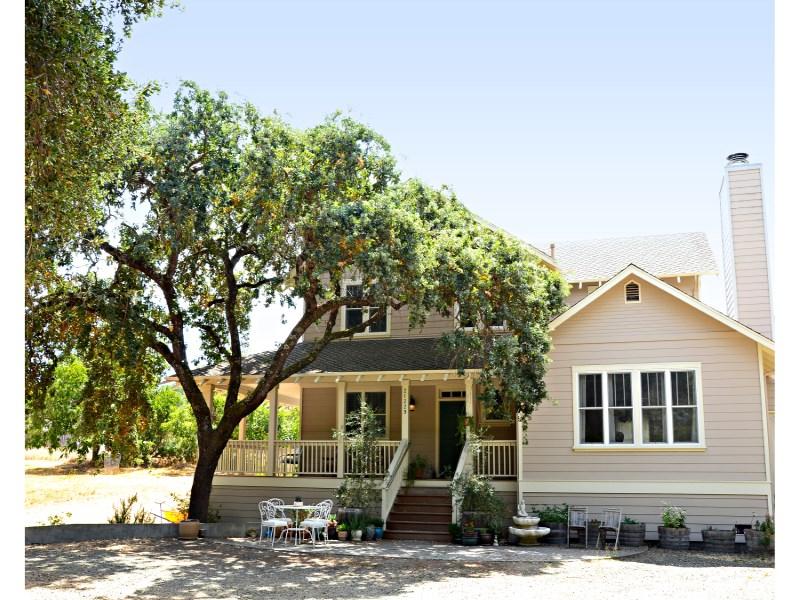 Single Family Home for Sale at Custom Built Eastside Home 21229 Hyde Rd Sonoma, California 95476 United States