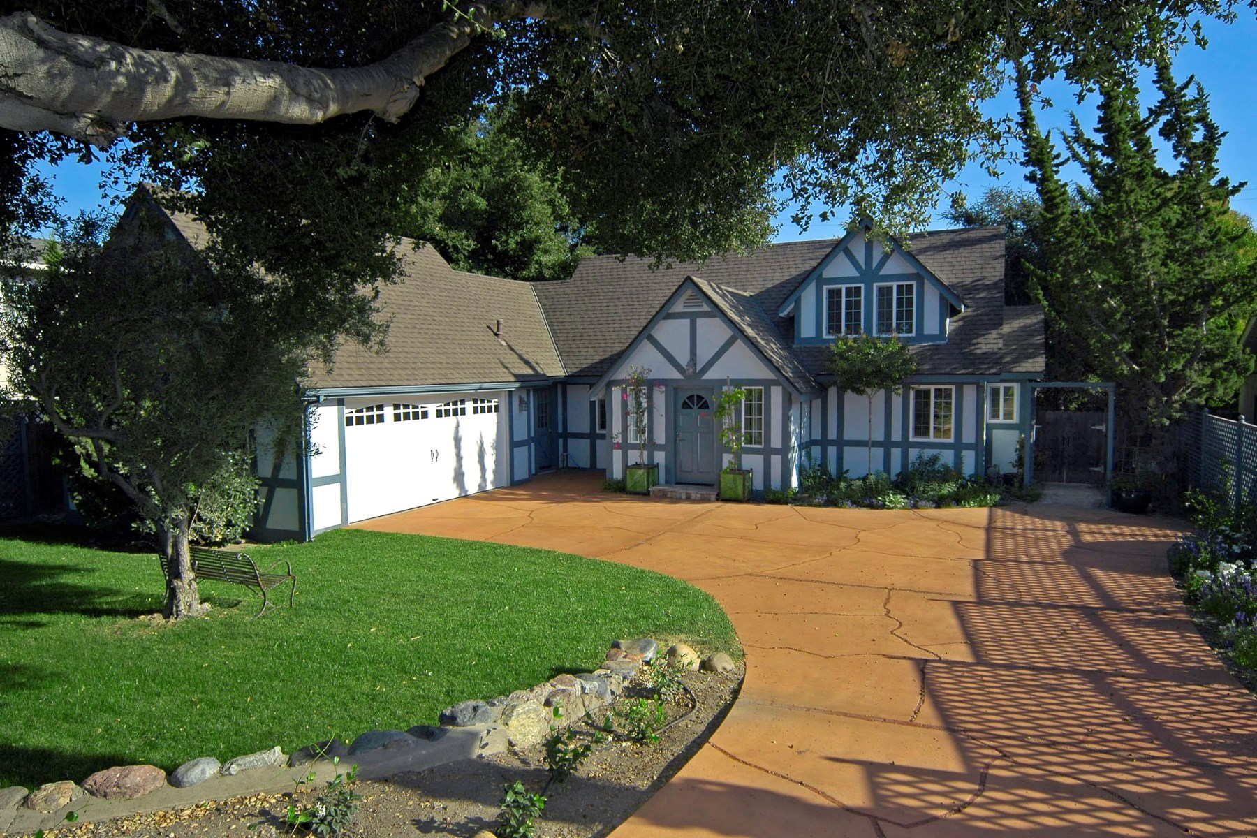 Single Family Home for Sale at Charming Downtown Cottage 1628 Laurel Avenue Solvang, California 93463 United States