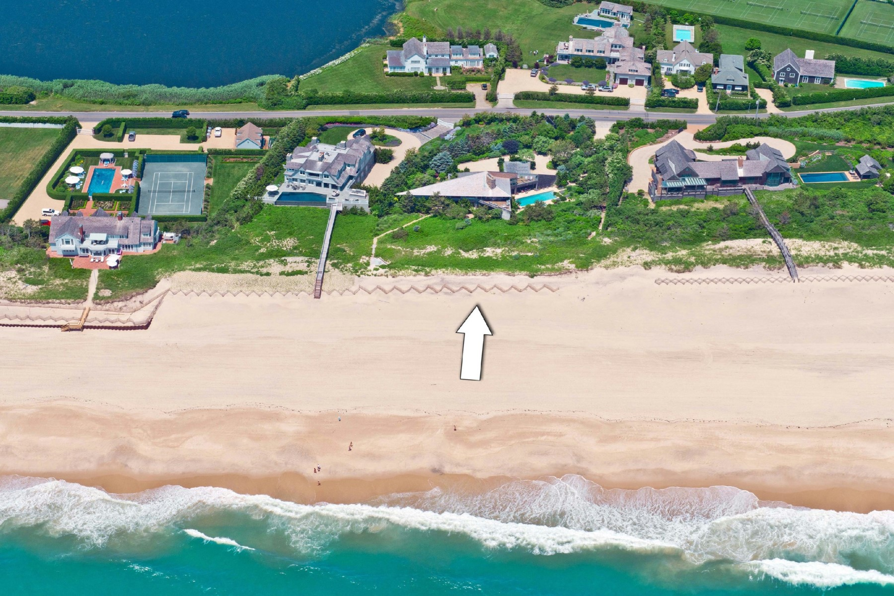 Single Family Home for Sale at Oceanfront Southampton Southampton, New York 11968 United States