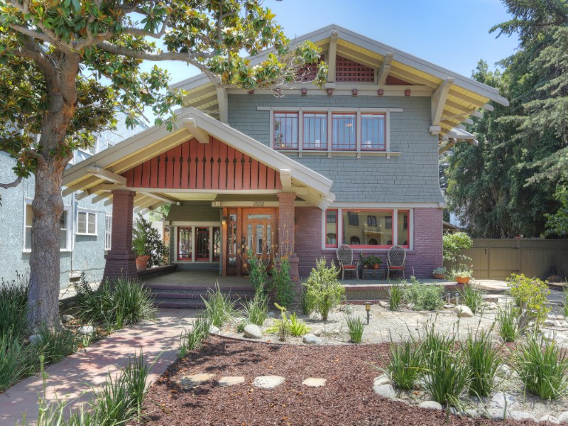 Single Family Home for Sale at 2532 5th Avenue Los Angeles, California 90018 United States