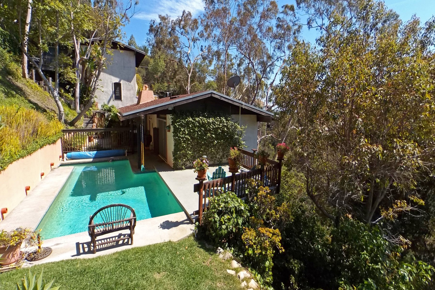 "Vivienda unifamiliar por un Venta en ""THE TREE HOUSE"" Private view location 1877 Westbridge Road Brentwood, Los Angeles, California, 90049 Estados Unidos"