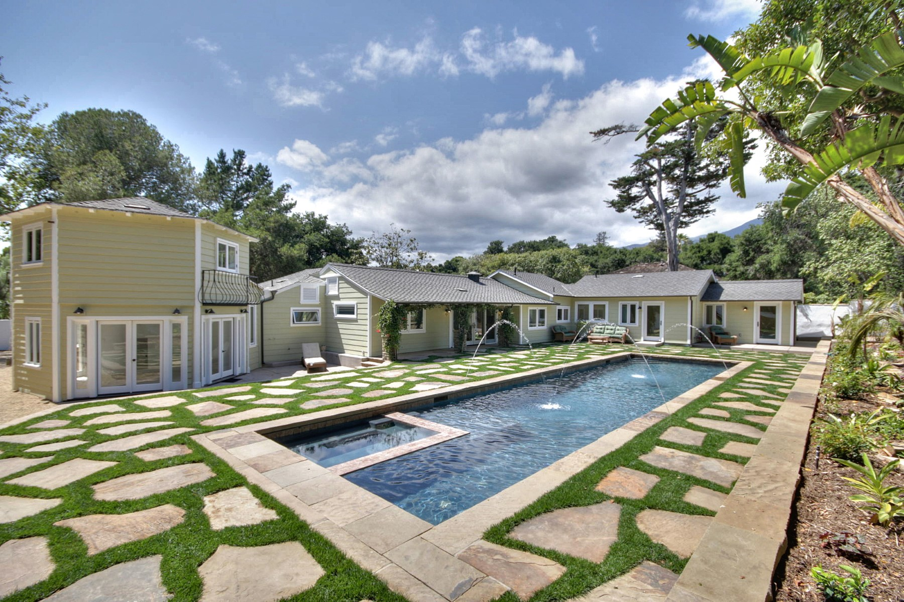 sales property at Montecito Hedgerow Charm