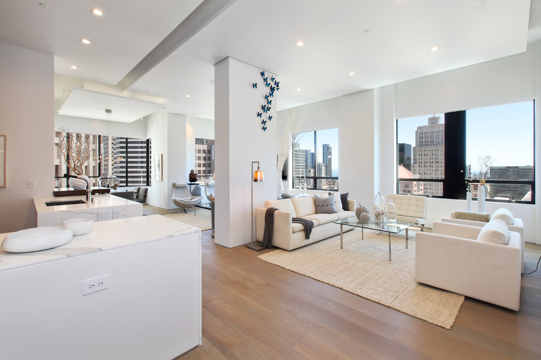 Apartment for Sale at Ritz-Carlton Modern View Residence 690 Market St Unit 1704 Financial District, San Francisco, California, 94104 United States