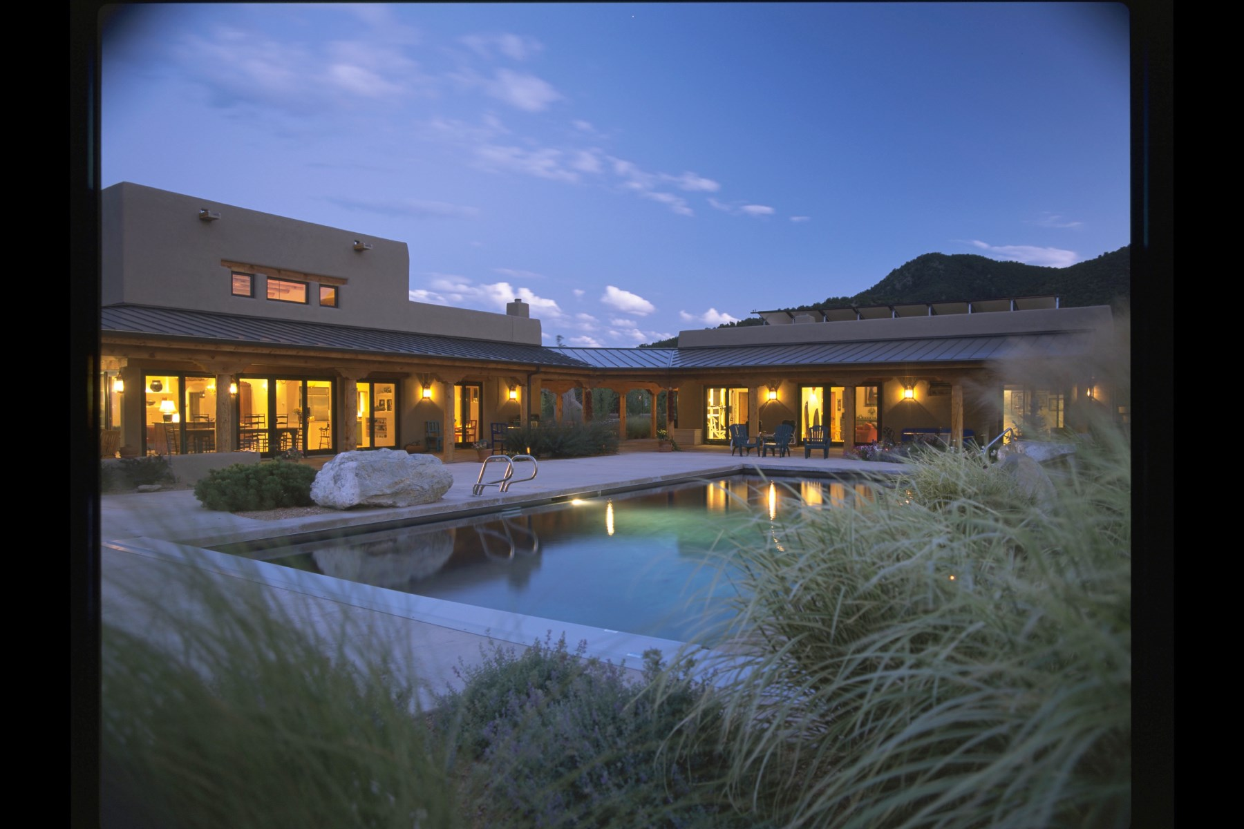 Casa para uma família para Venda às 88 Vista Del Oro Santa Fe, Novo México, 87010 Estados Unidos