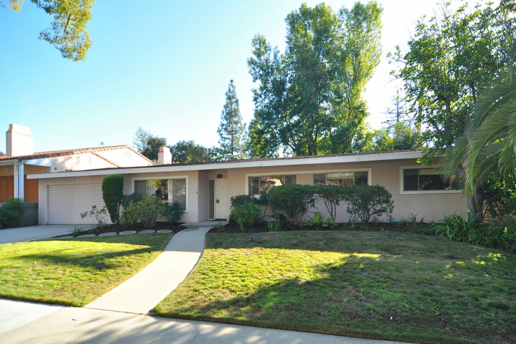 sales property at Verdugo Woodlands Residence in Glendale