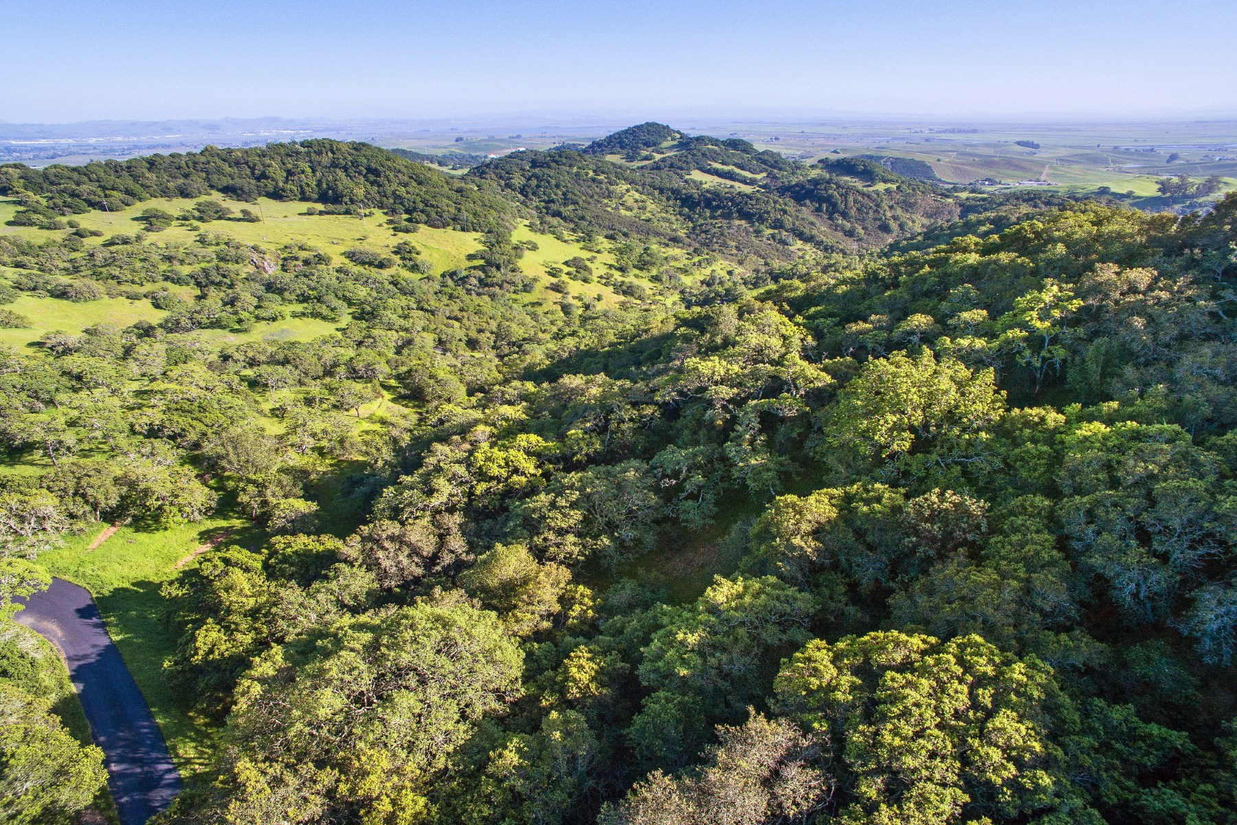 Tek Ailelik Ev için Satış at Over 10 Acres of Exceptional Level Land 19292 Arrowhead Mountain Rd. Sonoma, Kaliforniya, 95476 Amerika Birleşik Devletleri