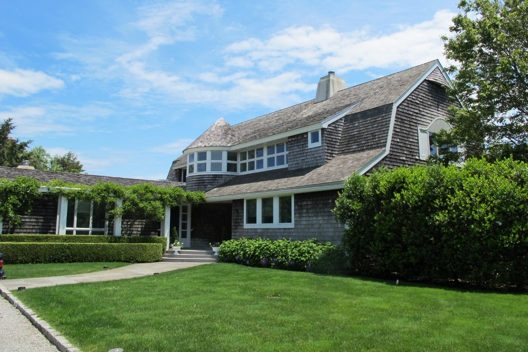 Single Family Home for Sale at Near Mecox Bay - Water Mill 39 Bay Lane Water Mill, New York 11976 United States