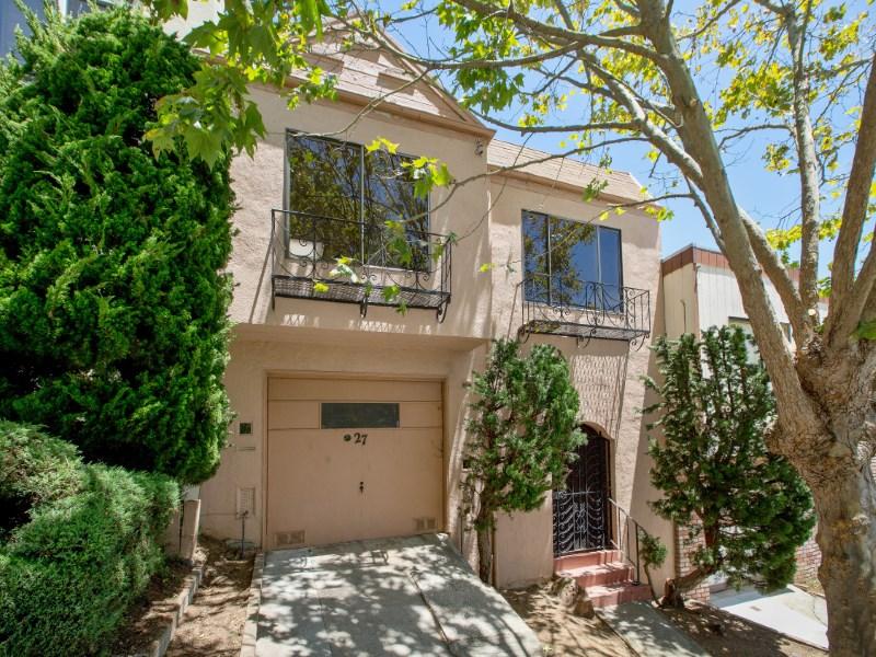 Casa para uma família para Venda às Glen Park View Home 27 Roanoke St Bernal Heights, San Francisco, Califórnia 94131 Estados Unidos
