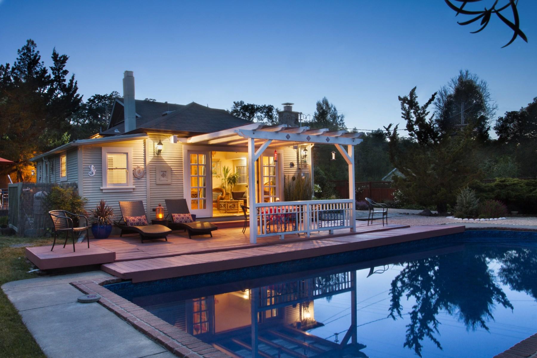 Casa para uma família para Venda às Glen Ellen Hideaway 101 Hill Rd Glen Ellen, Califórnia, 95442 Estados Unidos