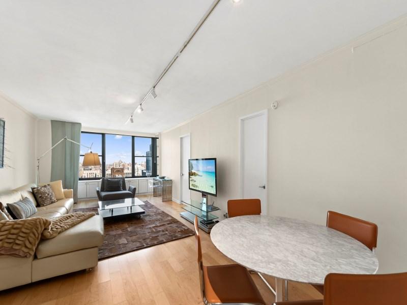 Condominium for Sale at 117 East 57th Street, Apt 39H 117 East 57th Street Apt 39h Midtown East, New York, New York 10022 United States