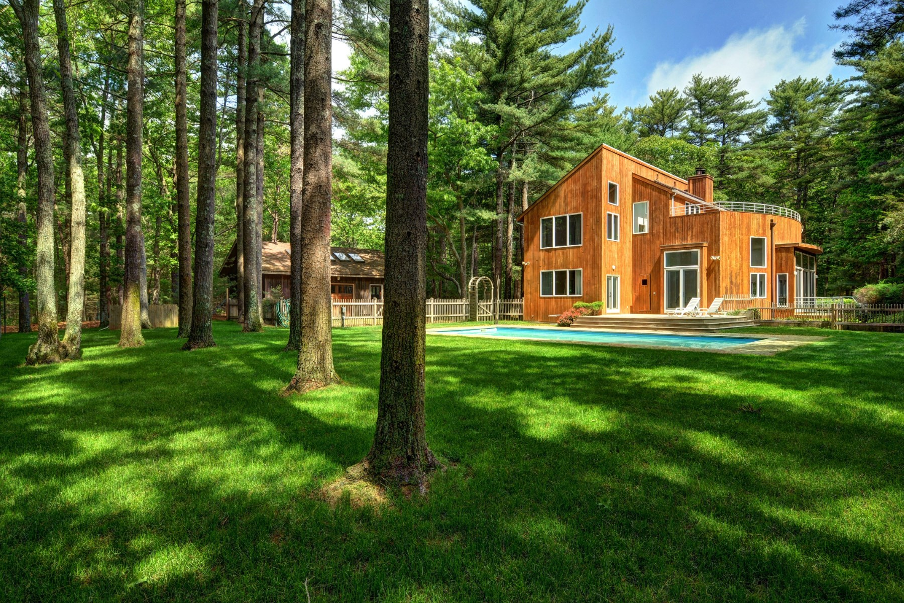 Single Family Home for Sale at Contemporary on 2.5 Private Acres 31 Northwest Landing Road East Hampton, New York 11937 United States