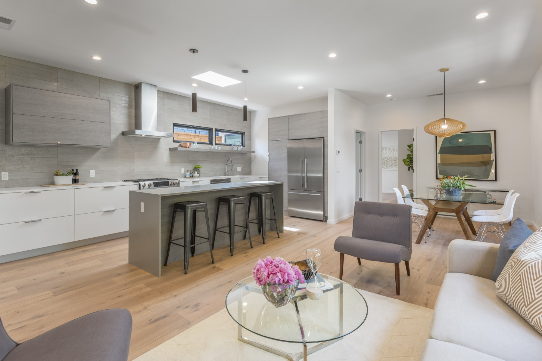 Single Family Home for Sale at Re-Imagined Elegance in Bernal Heights 600 Gates St Bernal Heights, San Francisco, California, 94110 United States