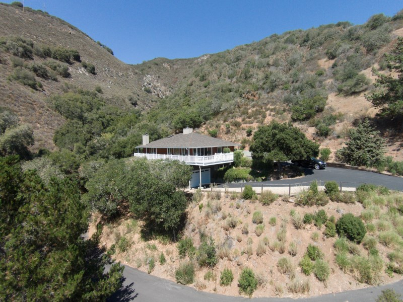 Property For Sale at Privacy, Views, and Location