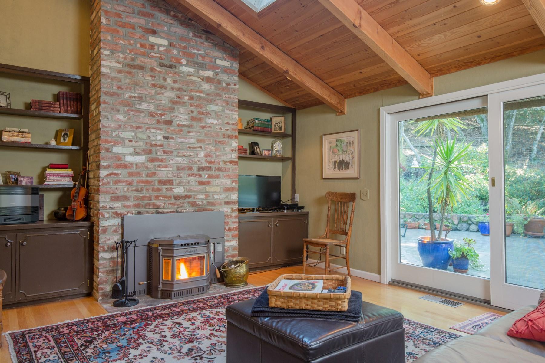 단독 가정 주택 용 매매 에 Peaceful Setting With Beautiful Vistas 4764 Wildwood Ln Sonoma, 캘리포니아, 95476 미국