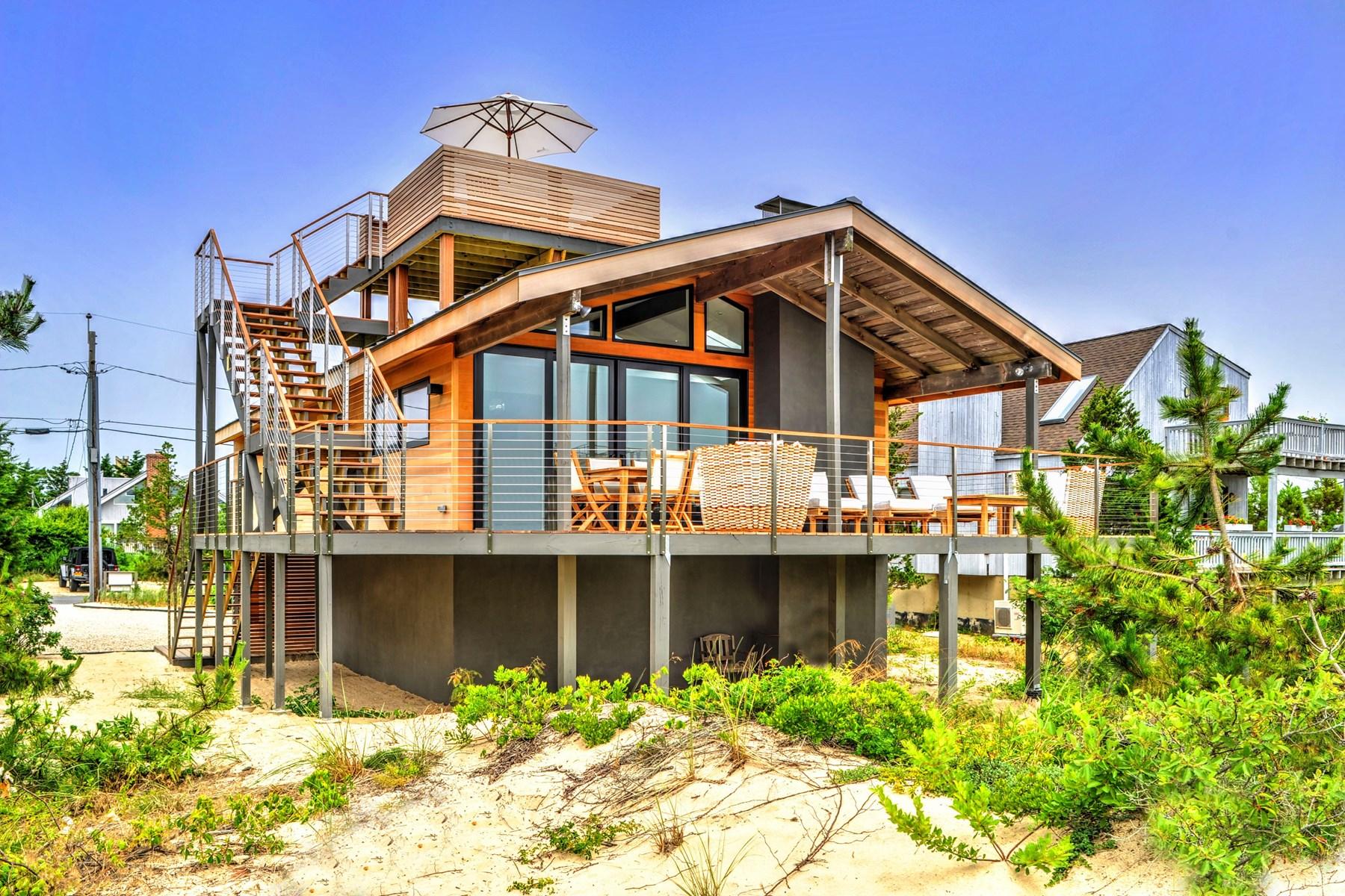 Maison unifamiliale pour l Vente à Contemporary Beach House 72 Osprey Road Amagansett, New York, 11930 États-Unis