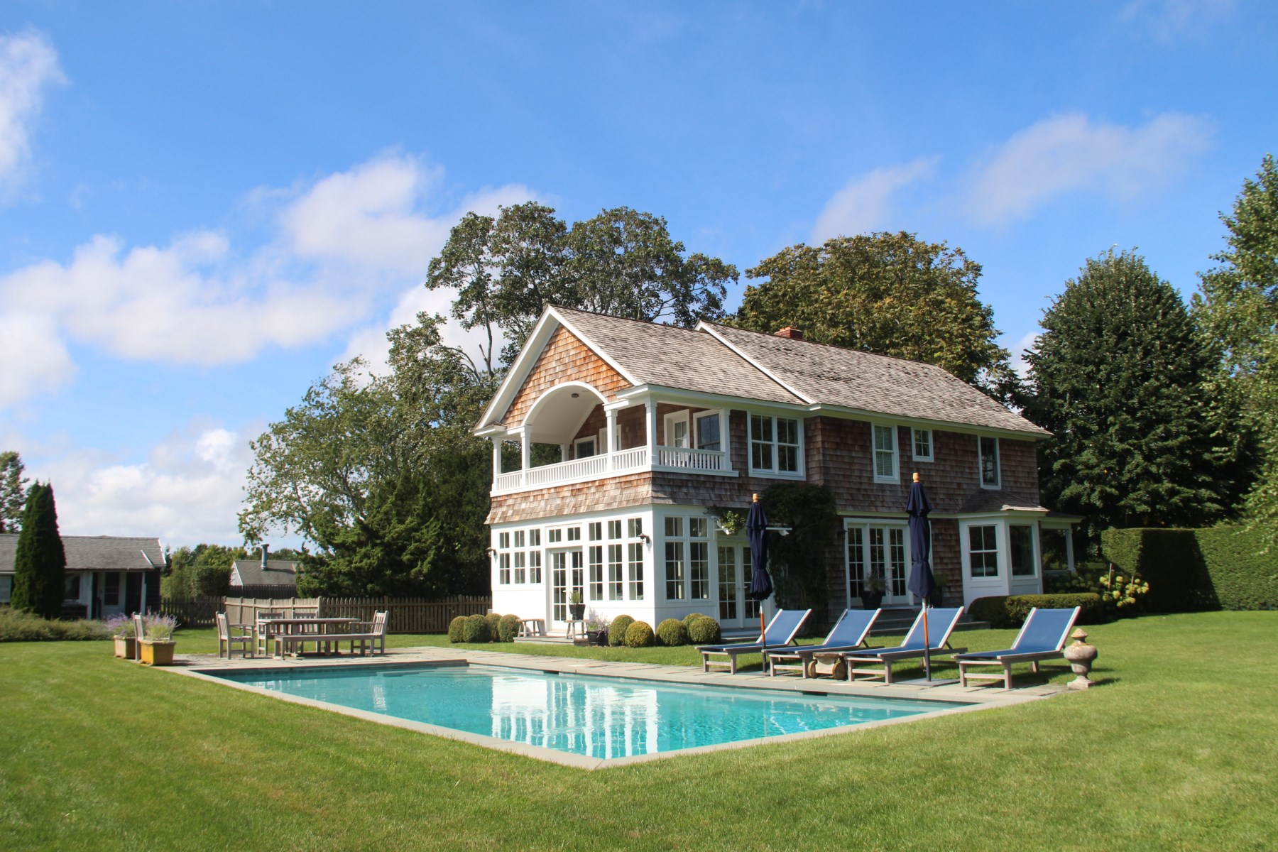 Property Of Farmhouse in East Hampton Village