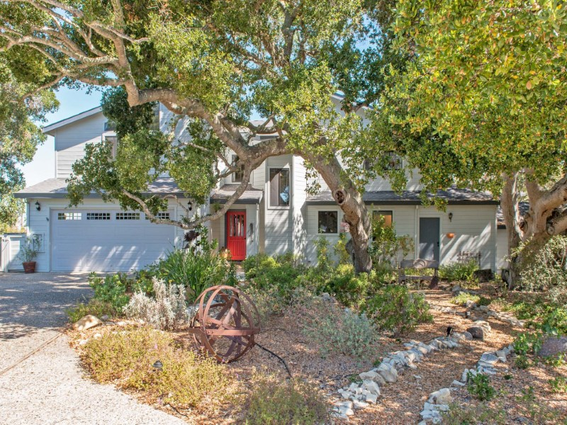 Single Family Home for Sale at Views and Privacy Carmel Valley, California 93924 United States