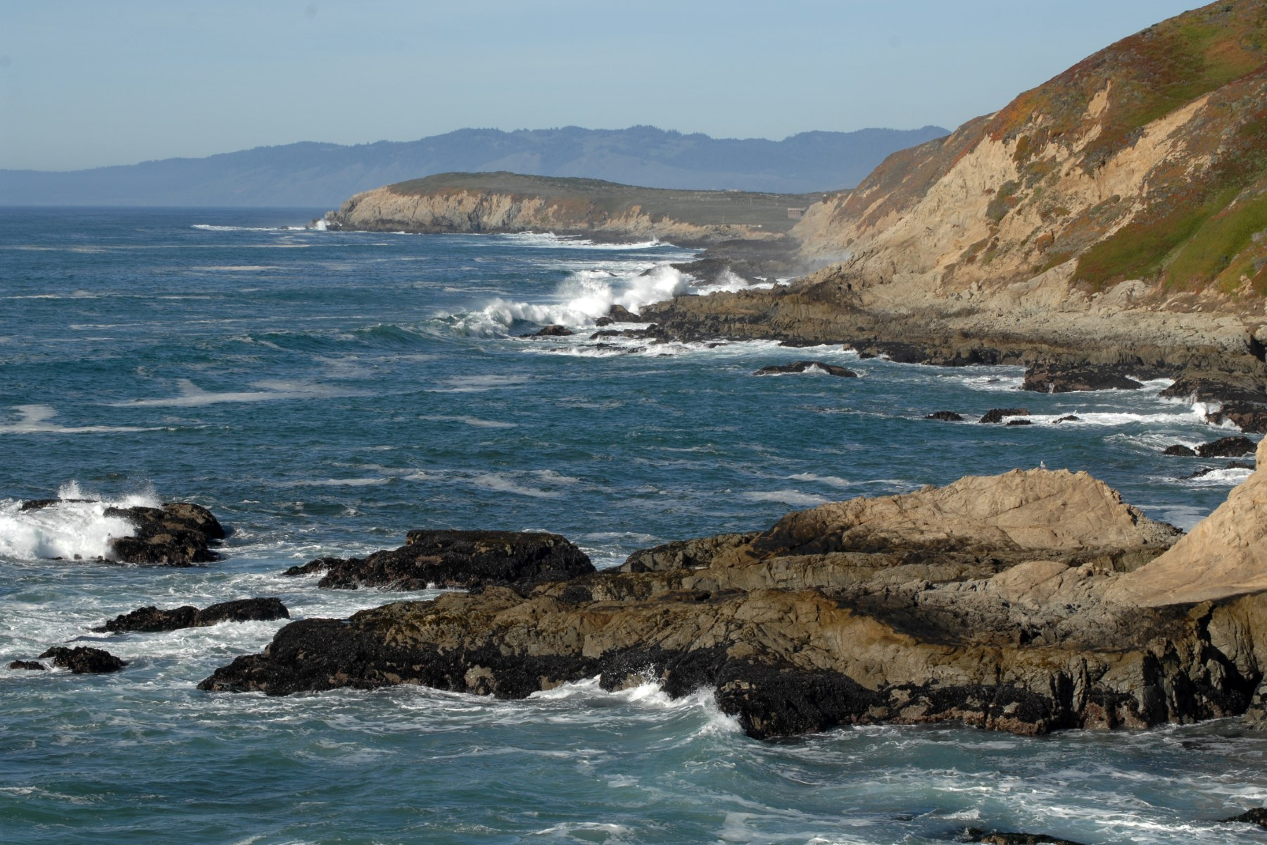 Terreno para Venda às Dramatic Sonoma Coast Escape 10908 & 10912 Rock Point Drive Jenner, Califórnia, 95450 Estados Unidos