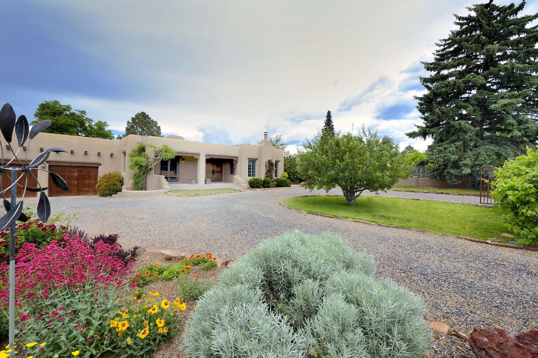 Einfamilienhaus für Verkauf beim 501 E. Coronado Road Santa Fe City Southeast, Santa Fe, New Mexico, 87505 Vereinigte Staaten
