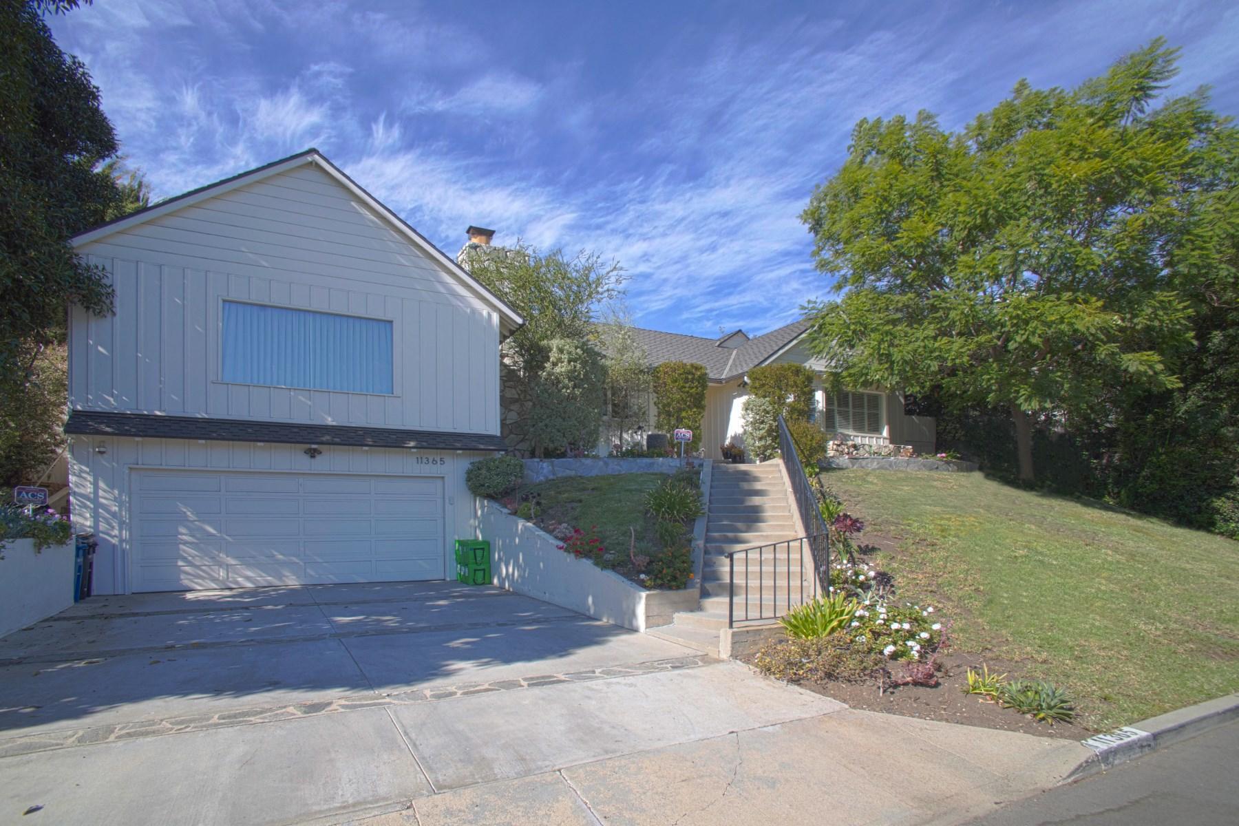 Casa Unifamiliar por un Alquiler en Remodeled Classic Traditional 11365 Thurston Place Los Angeles, California 90049 Estados Unidos