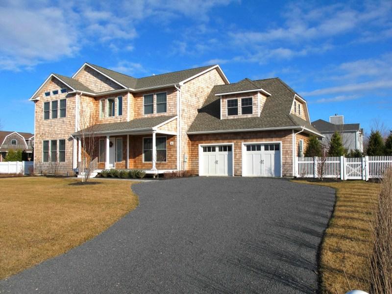 Single Family Home for Rent at Southampton Meadows Estate Southampton, New York 11968 United States