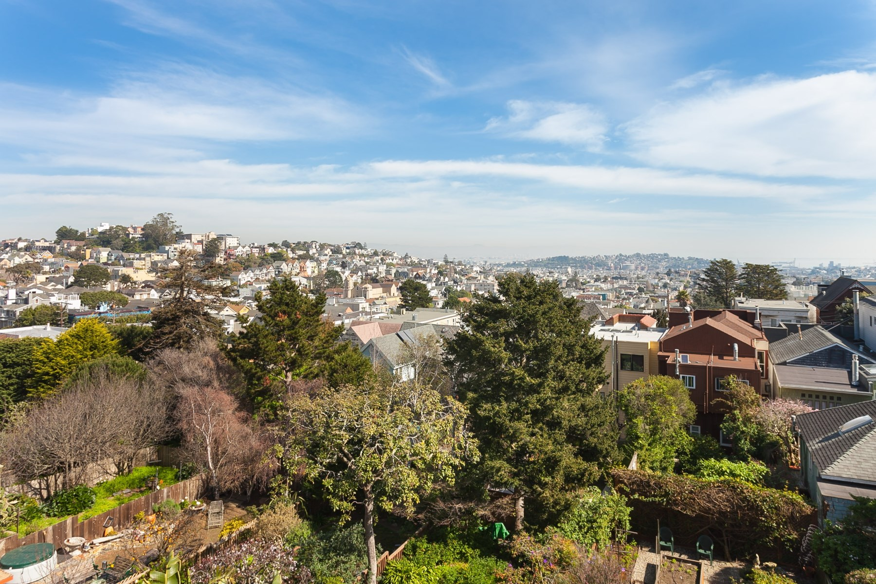 rentals property at Noe Valley View Home