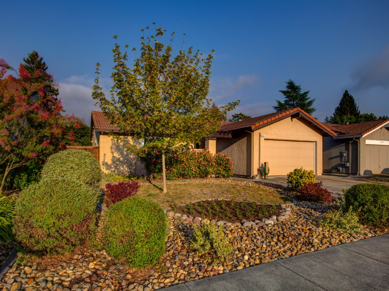 Single Family Home for Sale at 4492 Flores Avenue Rohnert Park, California 94928 United States