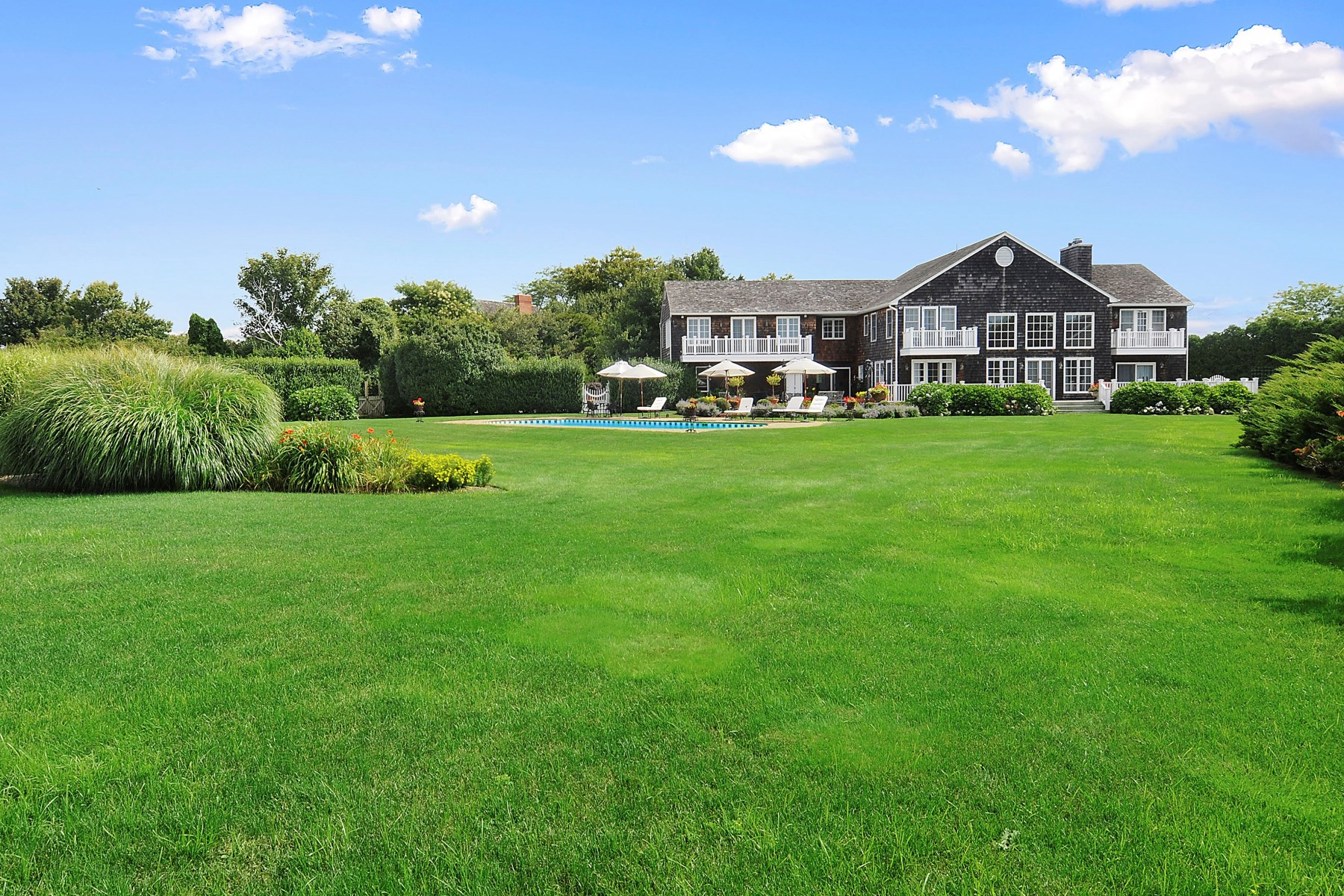 Moradia para Venda às Over 8 Acres, Close to the Ocean Bridgehampton South, Bridgehampton, Nova York 11932 Estados Unidos