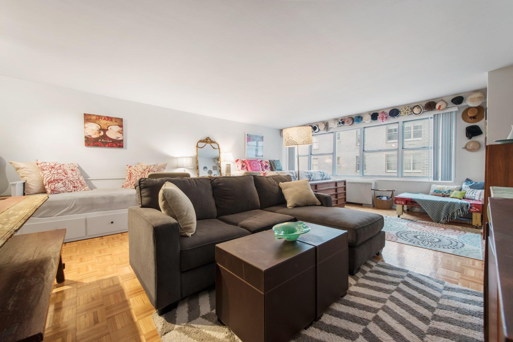 Condominio por un Venta en 155 West 68th Street, Apt. 616 155 West 68th Street Apt 616 Upper West Side, New York, Nueva York 10023 Estados Unidos