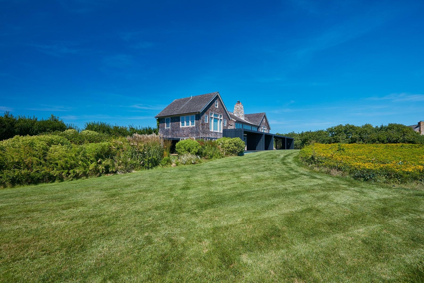 Maison unifamiliale pour l Vente à Montauk Oceanfront Montauk, New York 11954 États-Unis