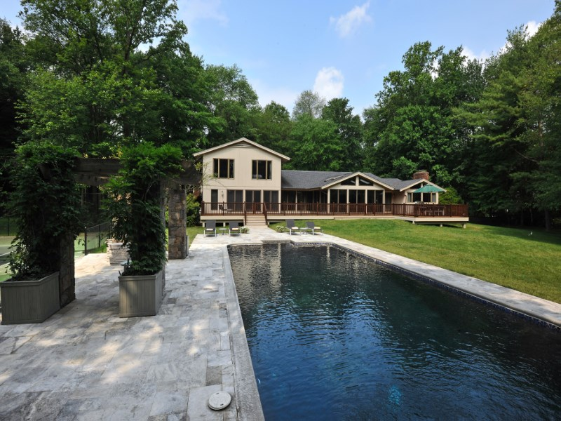 独户住宅 为 销售 在 A Truly Delightful Home 1 Gatefield Drive Mid-Country, Greenwich, 康涅狄格州 06831 美国