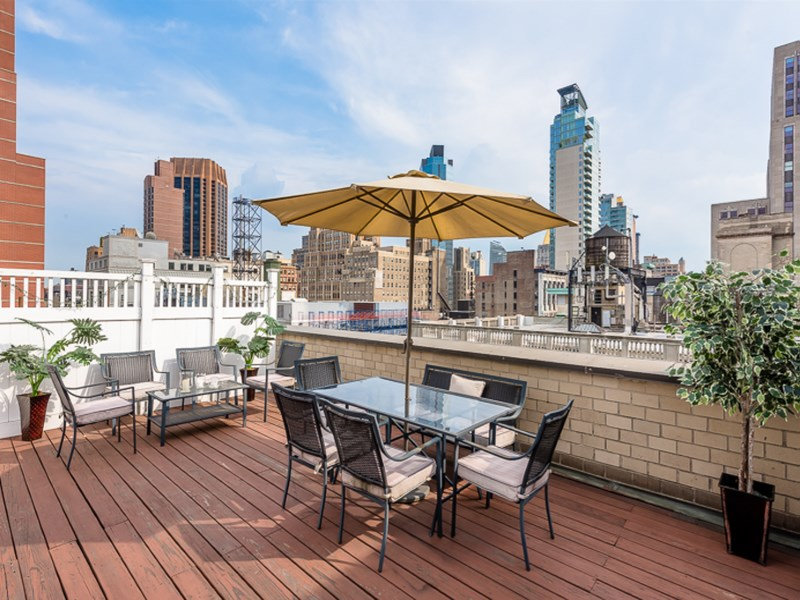 Co-op for Sale at 372 Fifth Avenue 10H/11H 372 Fifth Avenue Apt 10h/11h New York, New York 10016 United States