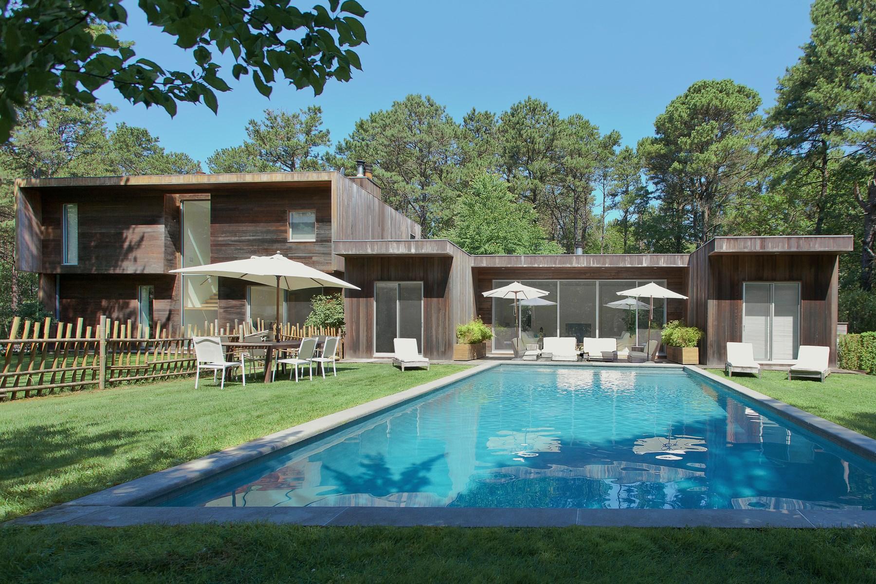 Casa para uma família para Venda às Minimalist Modern Design in East Hampton East Hampton, Nova York, 11937 Estados Unidos