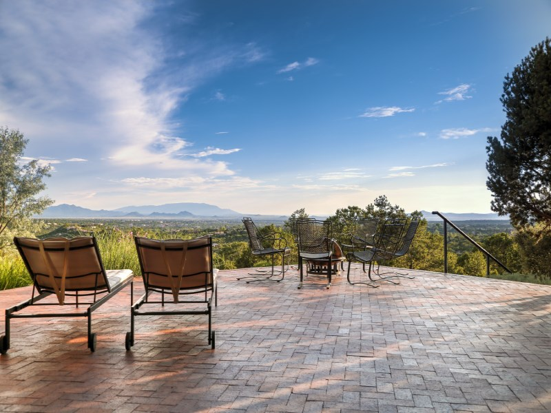 Single Family Home for Sale at 111 Barranca Road Santa Fe City Northeast, Santa Fe, New Mexico 87501 United States