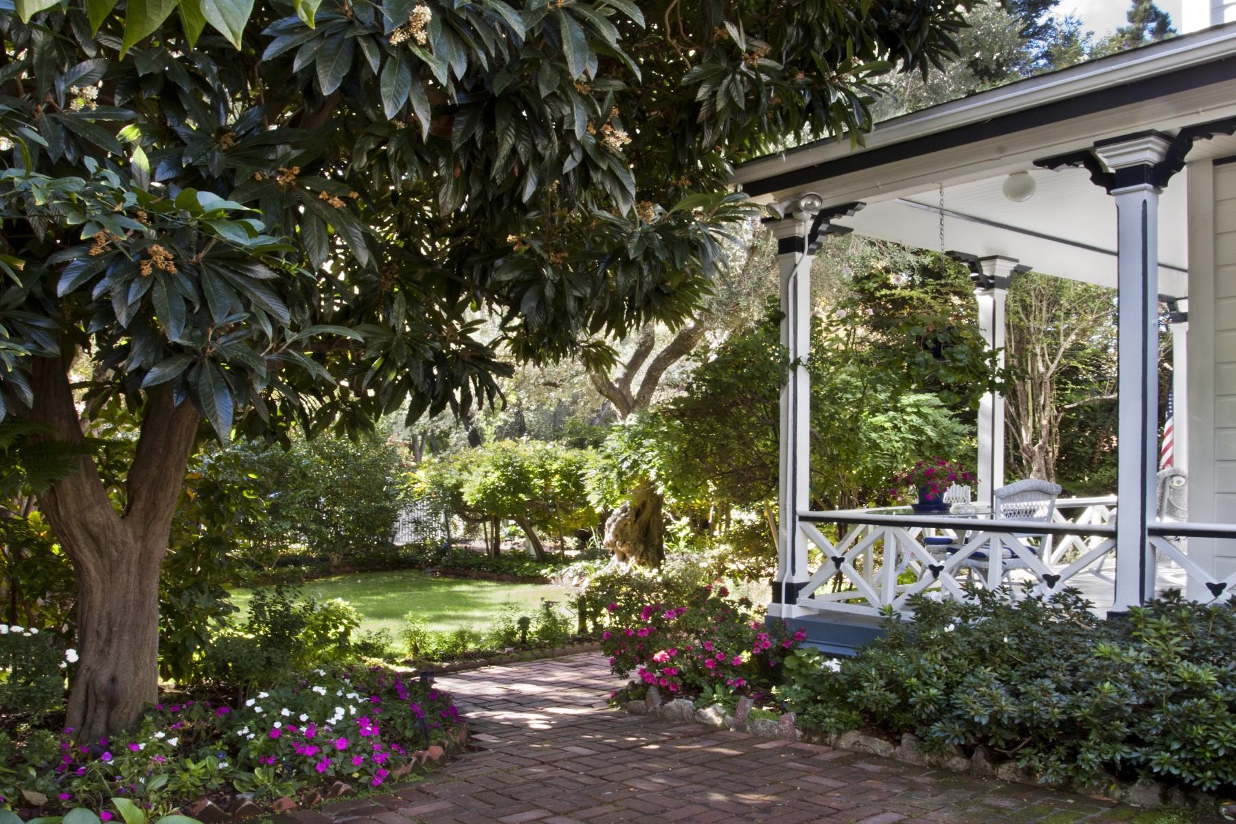 Single Family Home for Sale at Downtown Sonoma Victorian 316 E Napa St Sonoma, California 95476 United States