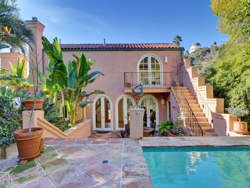 Moradia para Venda às 2558 North Catalina Street Los Feliz, Los Angeles, Califórnia 90027 Estados Unidos