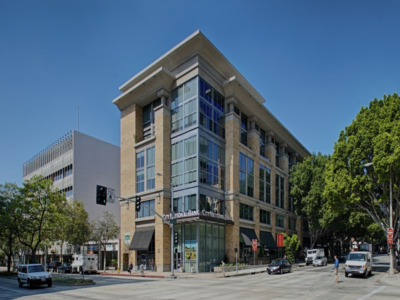 Condominium for Sale at Full-Service Building 840 East Green Street #215 Pasadena, California 91101 United States
